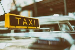 all-women e-cab service Future Cabs