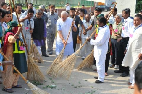 Launch Swachhata Hi Seva Campaign