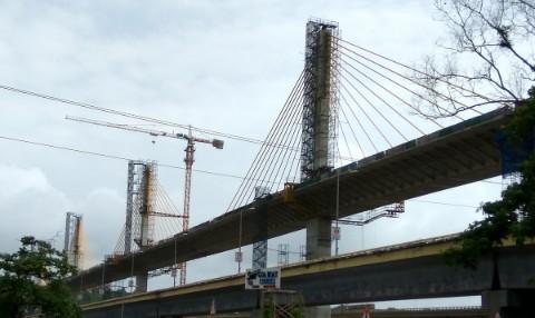 Mandovi bridge