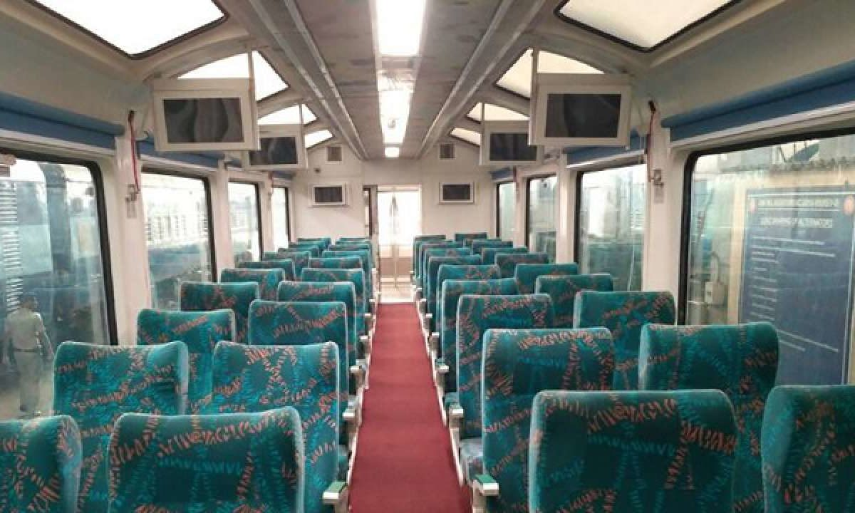 vistadome-coaches-northeast-tourist-Indian-Railways