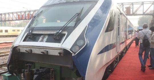 PM-Make_in_India-Vande-Bharat-Express