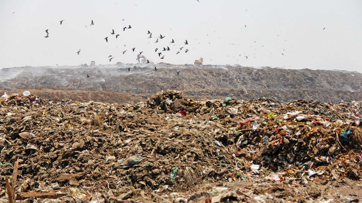 alternative solutions for Pirana landfill except capping