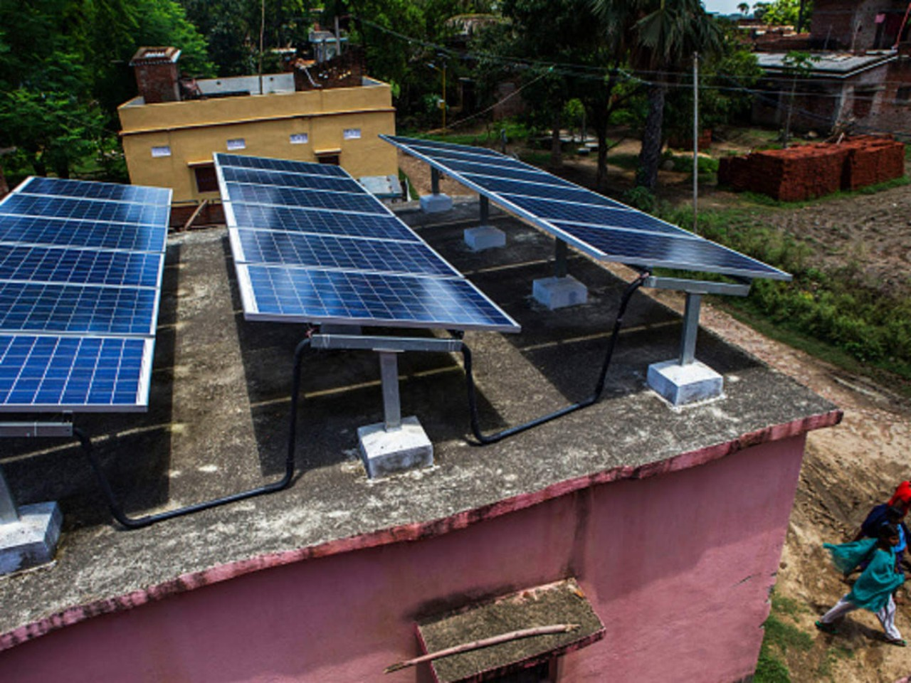 UP village becomes renewable energy model