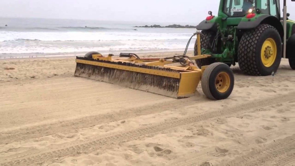 southern beaches get machines to remove garbage