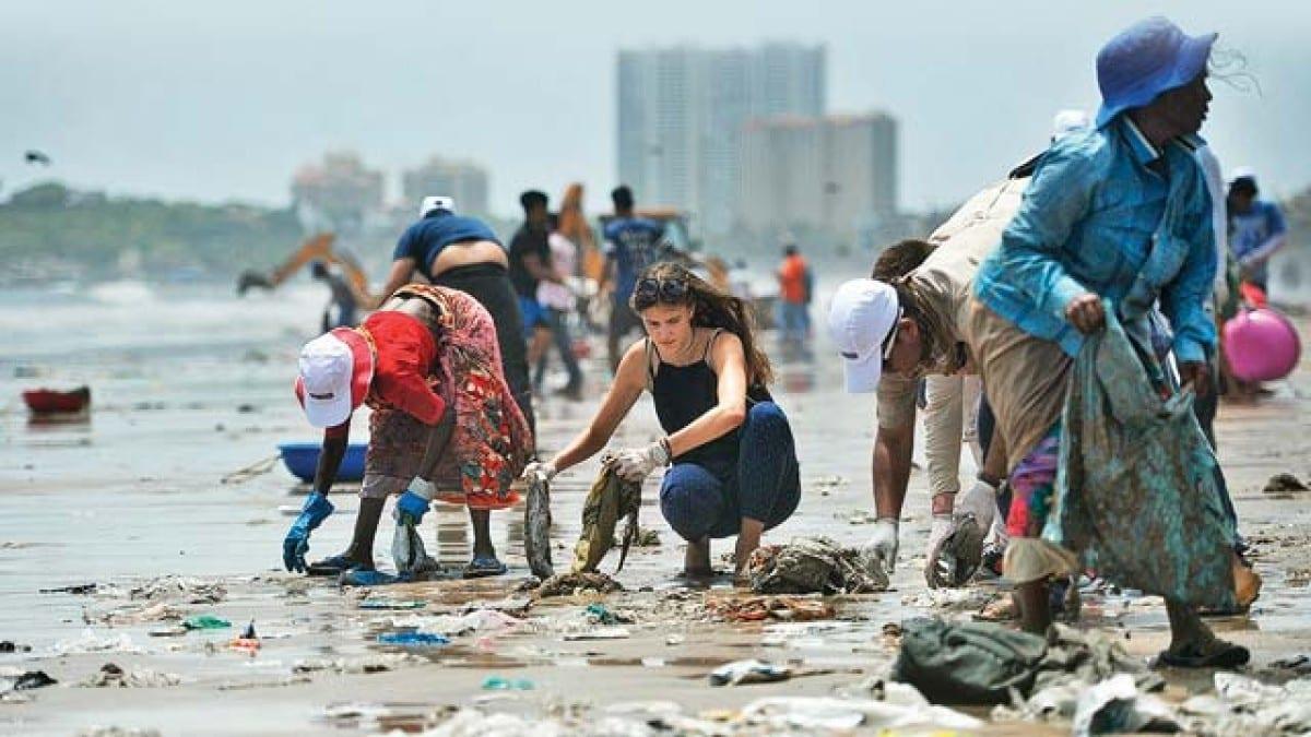 Dadar beach clean-up drive