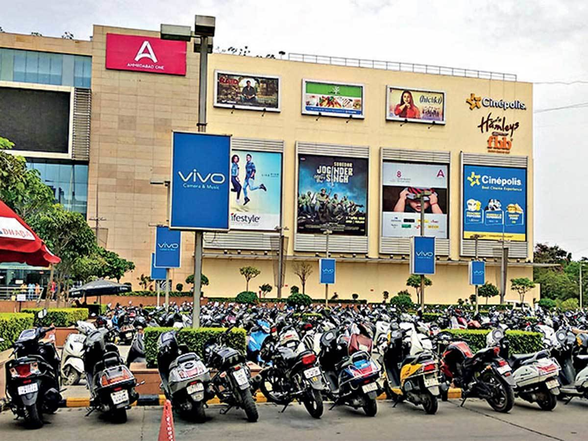 Malls cannot ask for parking fees