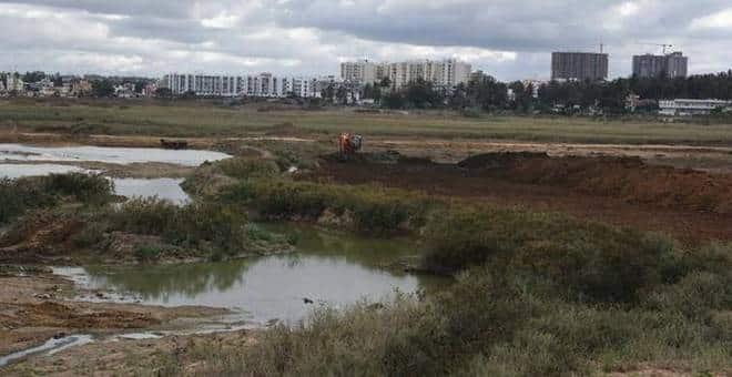 Stop construction of artificial island on Begur lake