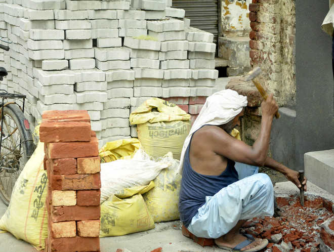 Punjab implements Model Welfare Scheme for construction workers