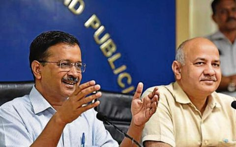 "Delhi to organise ""Community Diwali"" to reduce crackers"