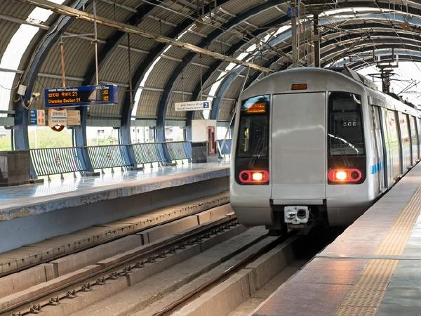 Senior citizens, students to get fare concession in Delhi Metro