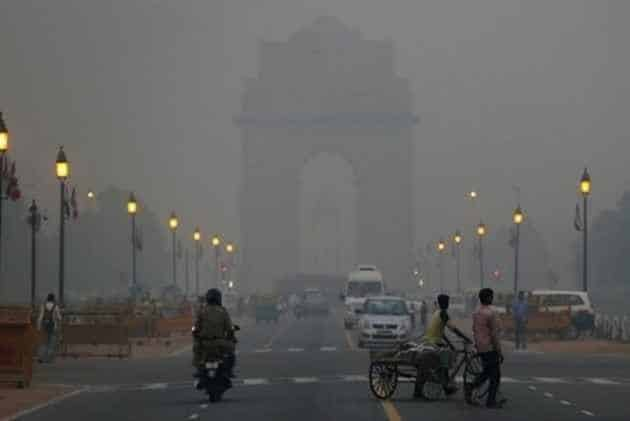 From poor to severe pollution level, Delhiites struggle to breathe
