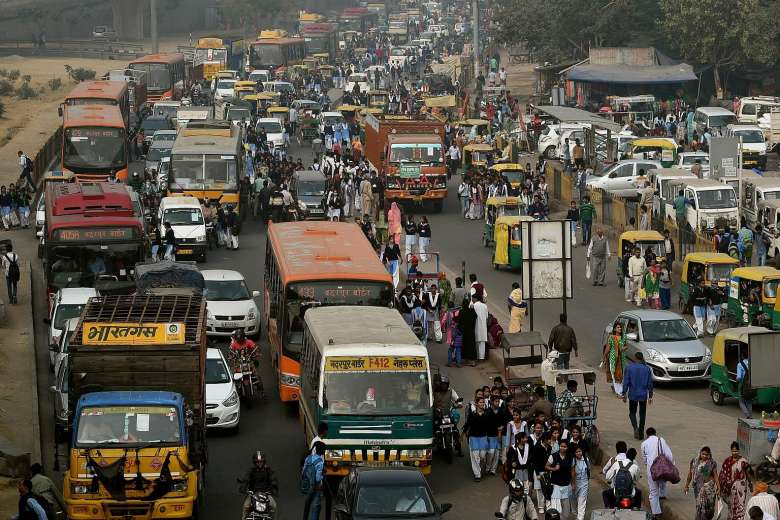 Delhi to implement reforms in public transportations ahead of 'odd-even'