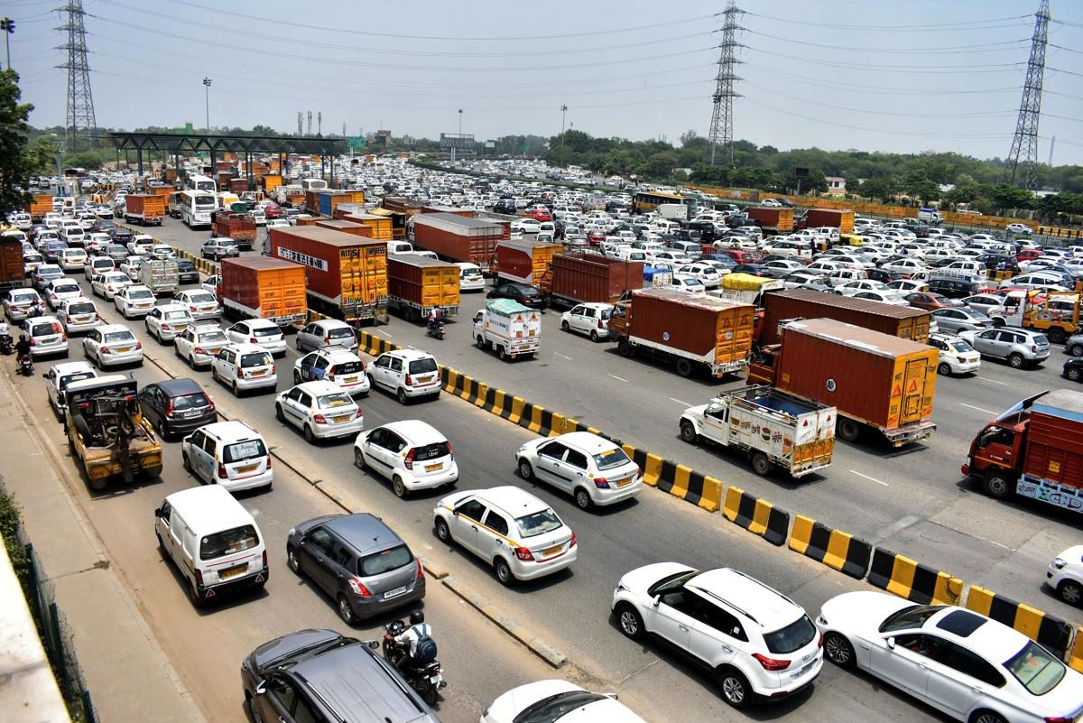 Parking space for 3 lakh vehicles can be created at max