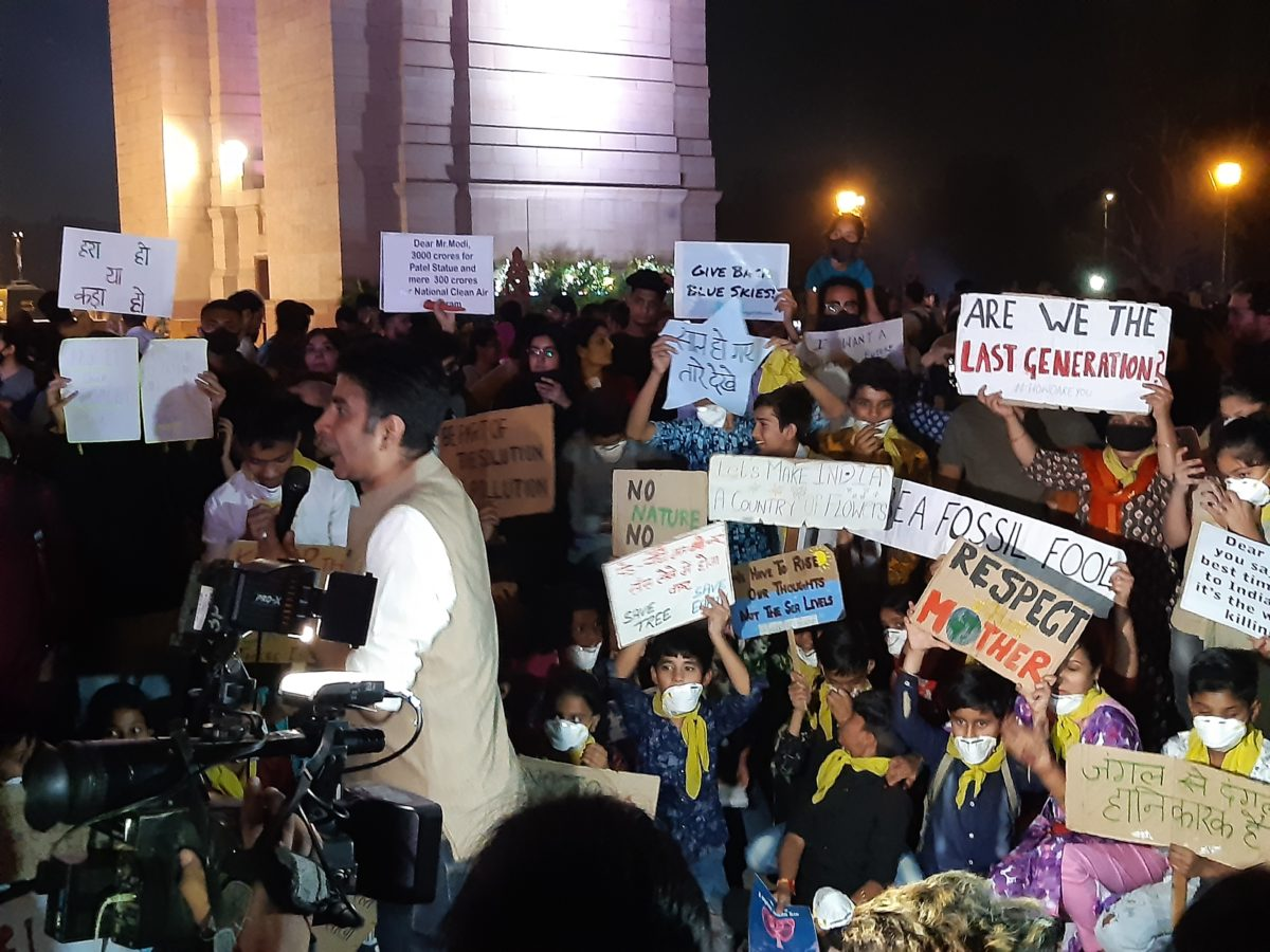 'Air pollution se aazadi': Citizens call for action against pollution at India Gate