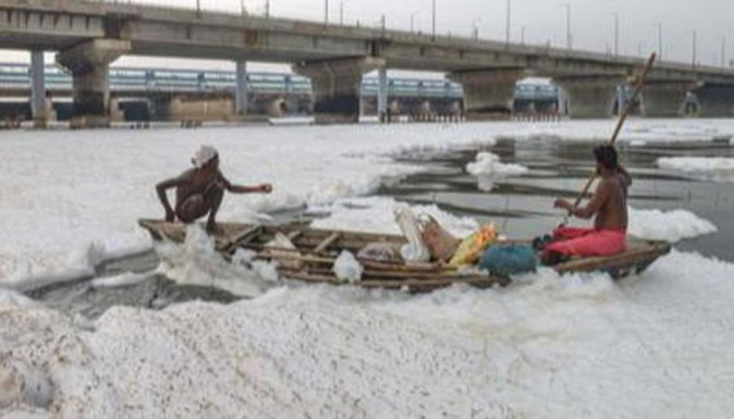 Frothing in Yamuna, NGT panel seeks report from CPCB & DPCC
