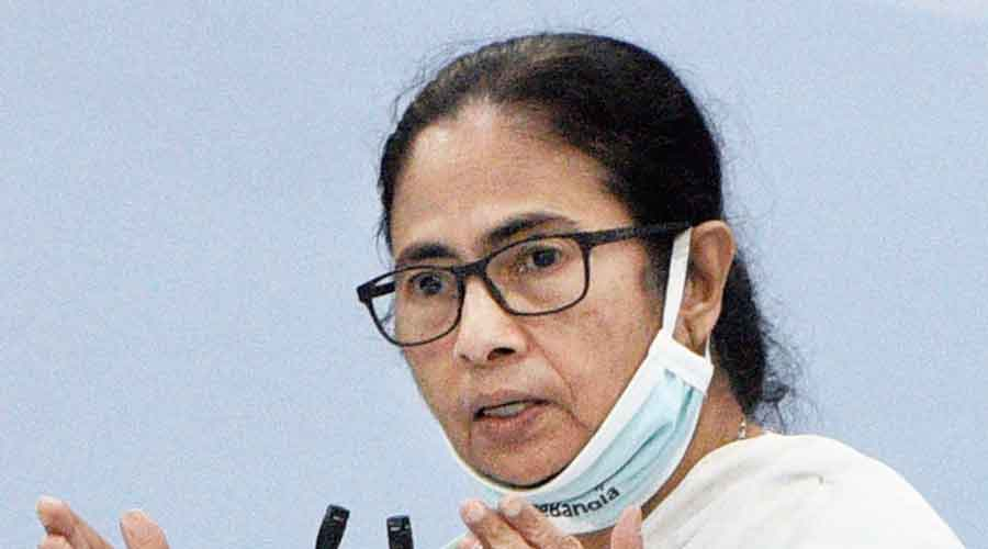 West Bengal CM urges civic bodies to fine those dumping waste on roads