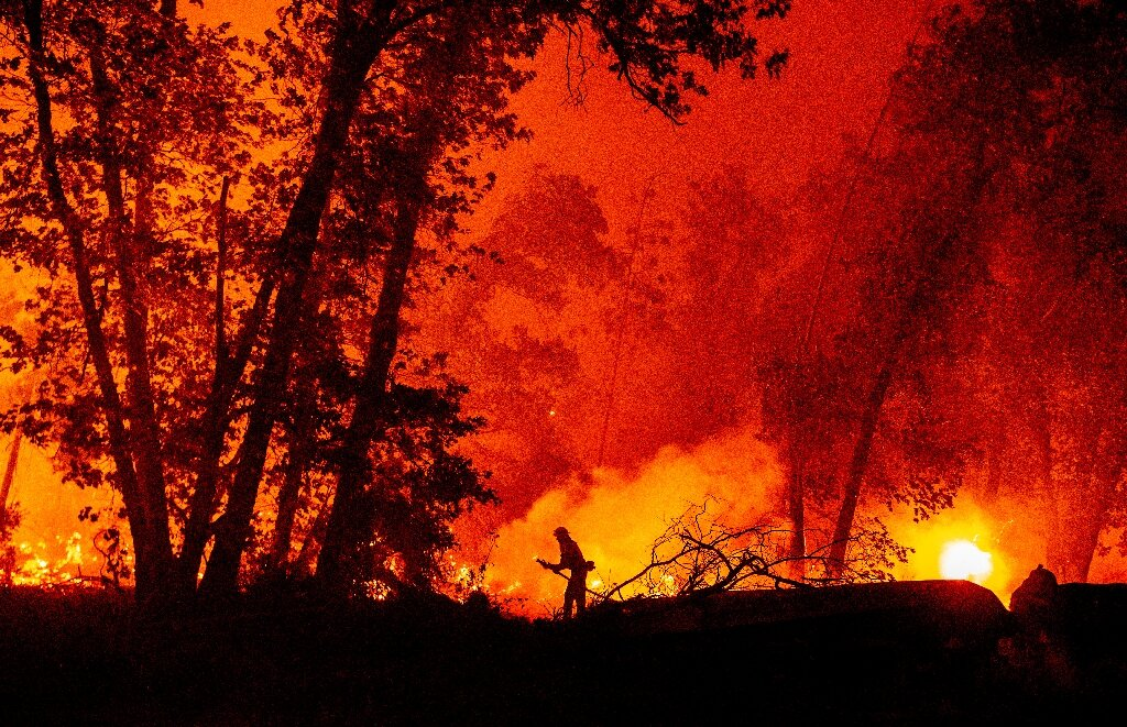 Wildfires in California burn record 2 million acres