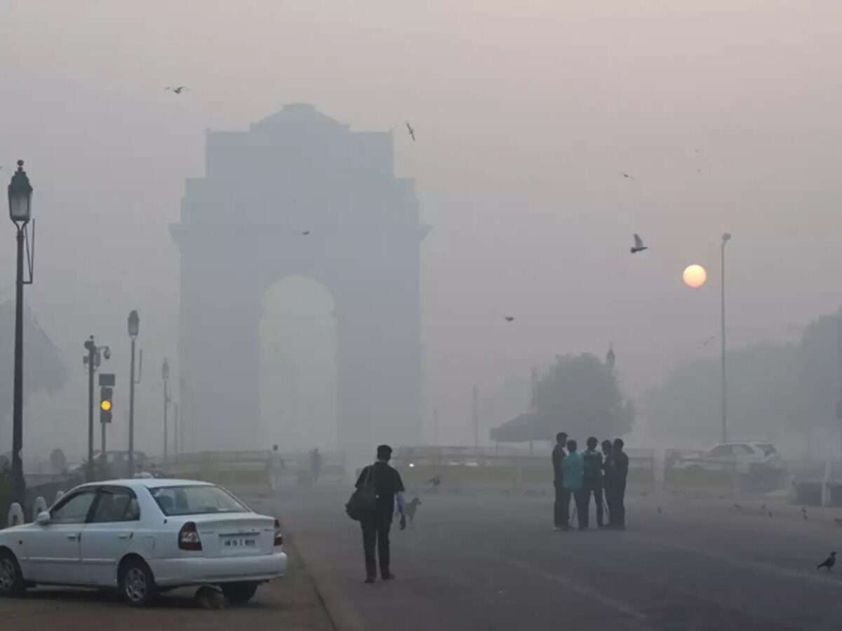 Delhites experience poor AQI as summer and lockdown bids goodbye