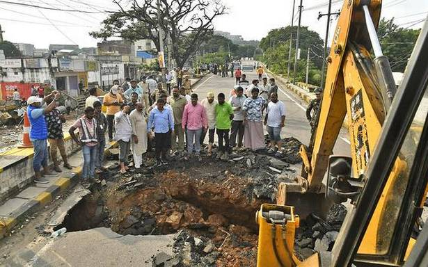 Post floods, heavy rainfalls, GHMC engages in special sanitation drive