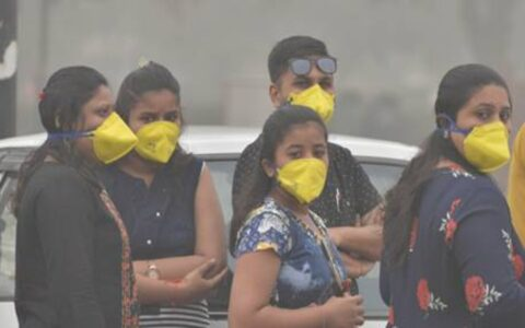 AQI above 300, turns 'very poor' in Delhi-NCR