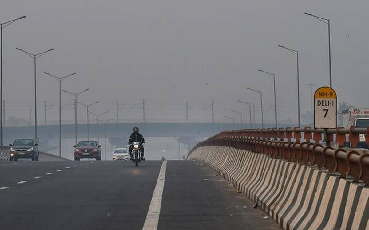 "Delhi's AQI in ""very poor"" category despite increased wind speed"