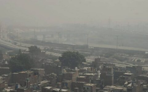 Delhi AQI reeling with high air pollution, highest of season