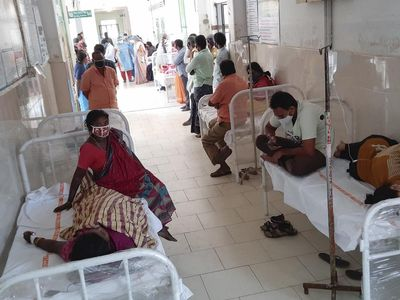 593 affected due to mystery illness, WHO team visits Andhra Pradesh