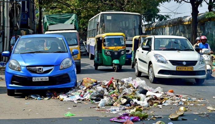 Karnataka govt to solve Bengaluru garbage problem in 2 years