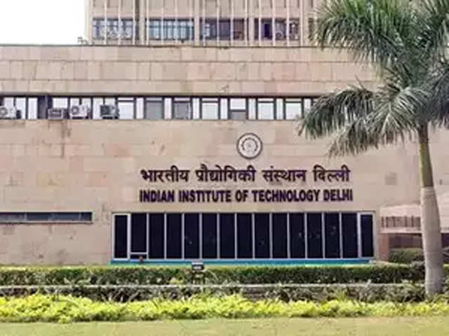 IIT DELHI successfully produce clean hydrogen fuel from water